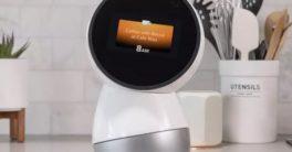 robot mayordomo Jibo es un robot social par el hogar dentro de la robótica educativa