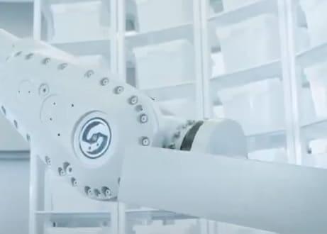 Empresa de tecnología móvil abre en Wuhan tienda robotizada